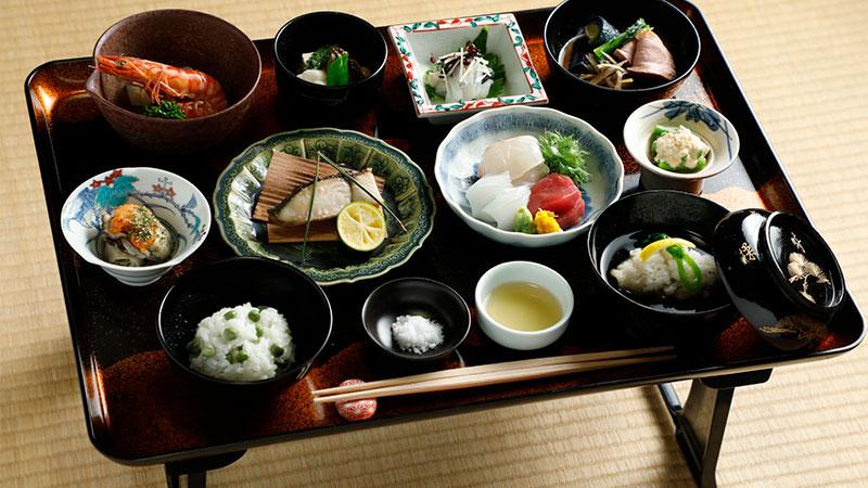 茶室でいただく紀州徳川家献上料理